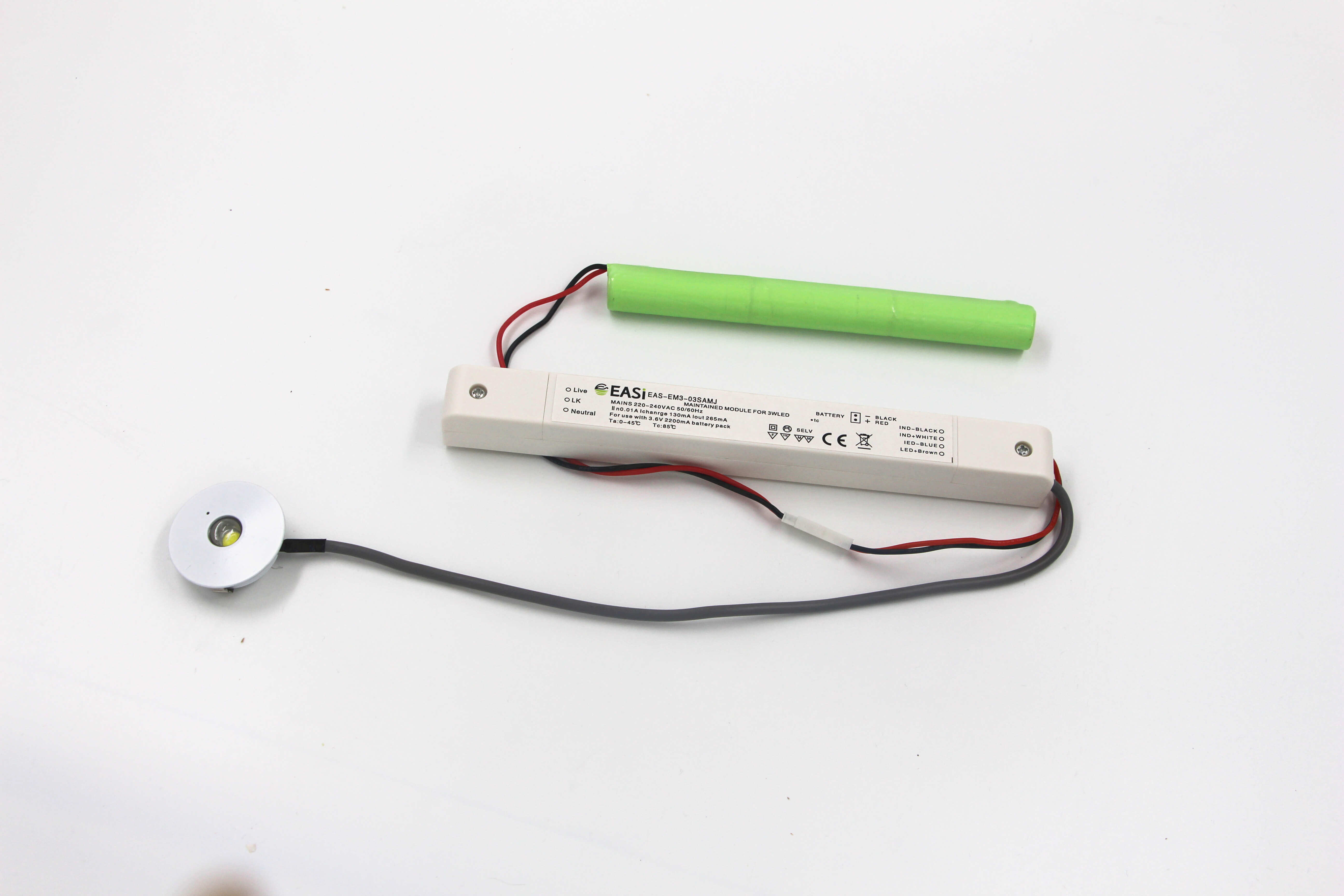 OEM Remark LED Emergency Spot Light With Ni-Mh Batteries
